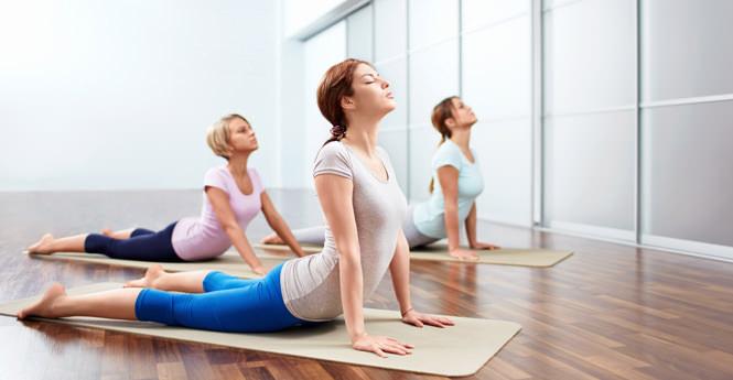 yoga-douleia